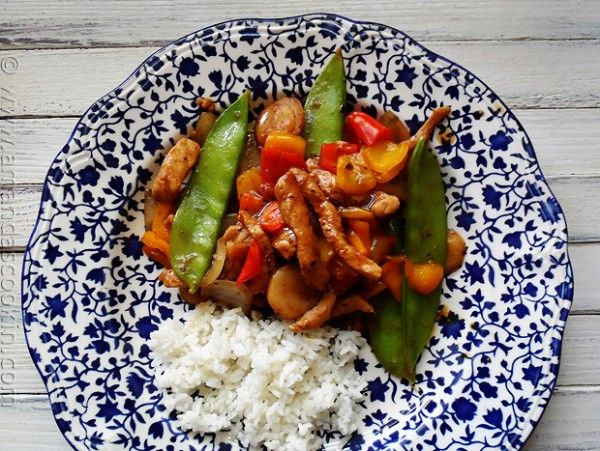 Peppered Pork Stir Fry with Sweet Peppers - Amanda's Cookin'