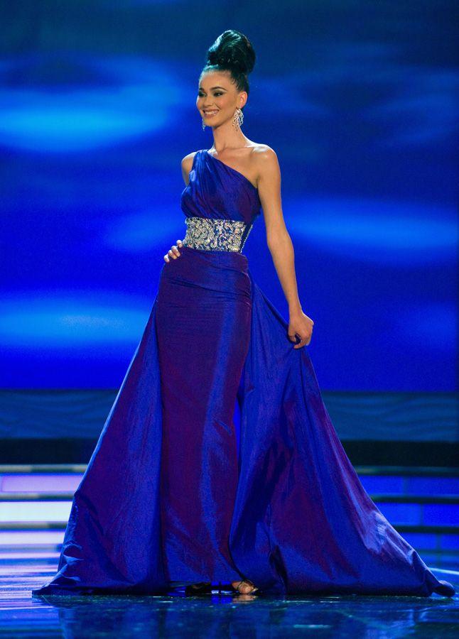 Miss kosovo's gorgeous gown!