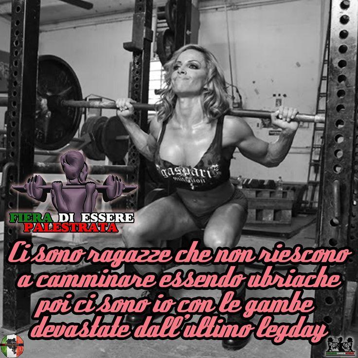 Ci sono ragazze che non riescono a camminare essendo ubriache poi ci sono io con le gambe devastate dallultimo legday  ItalianShredStyle  Il fitness al femminile. Pagina Facebook: http://ift.tt/28TtDw8 #italianshredstyle #shredstyle #palestrata #malatadipalestra #malatadighisa #passionepalestra #pazzadipalestra #ragazza #ragazzapalestrata #glutei #gambe #squat #palestra #motivazione #motivazionale #ghisa #italia #culturista #fitnessgirl #ragazzafitness #bikini #bikinifitness #ragazze…