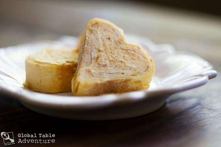 ... Table Adventure | Recipe: Rolled Egg Omelet w/ Kimchi (Gyeran mali