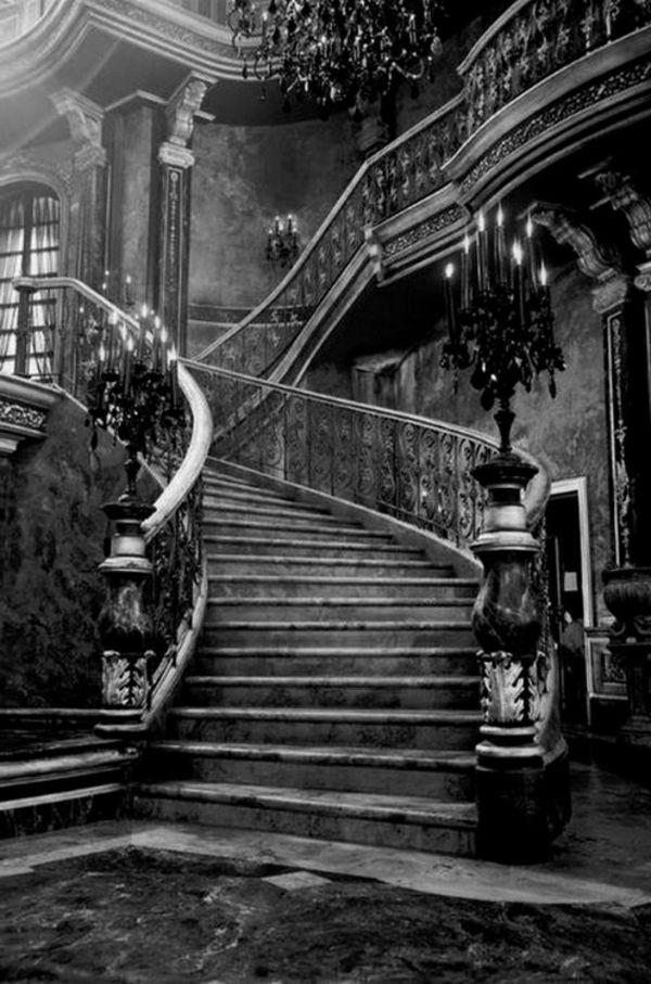 photos noir blanc en style gothique                                                                                                                                                                                 Plus