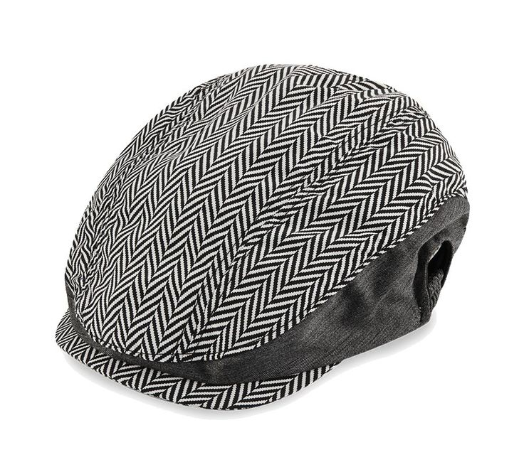 Hats & Caps a collection by Raxzel. Flat cap dengan aksen monochrome print. Perfect for street-style look. Black and white pattern hat, this unique hat made of cotton, elastic side, pair this unique hat with a shirt or a t-shirt. http://www.zocko.com/z/JHXlZ