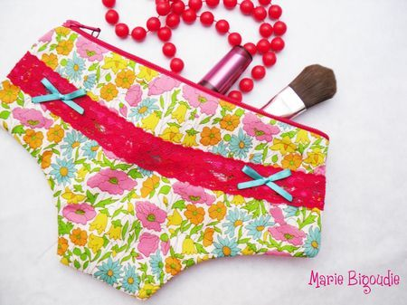 Trousse culotte maquillage
