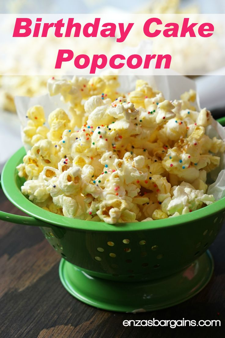 Birthday Cake Popcorn made with almond bark, yellow cake mix, and MORE! MUST try!