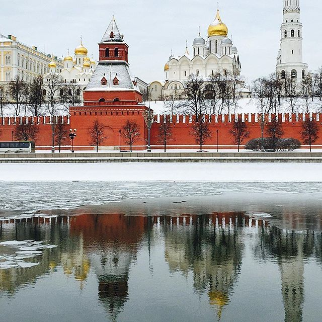 Moscow Kremlin  @travelinginluxury