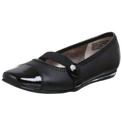 Kenneth Cole REACTION Little Kid/Big Kid Wave Heart Shoe,Black,1.5 M