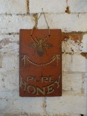 Honey Bee Tiles | Vintage Home Accessories | Get The Look | sugdenanddaughters.co.uk | Warehouse Home Design Magazine