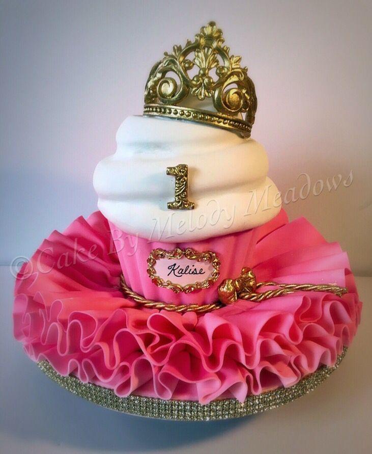 Giant cupcake, ballerina cake, gumpaste crown, fondant crown, smash cake, fondant cake, Wilton fondant, melted chocolate, cakes by Melody Meadows, princess, princess cake