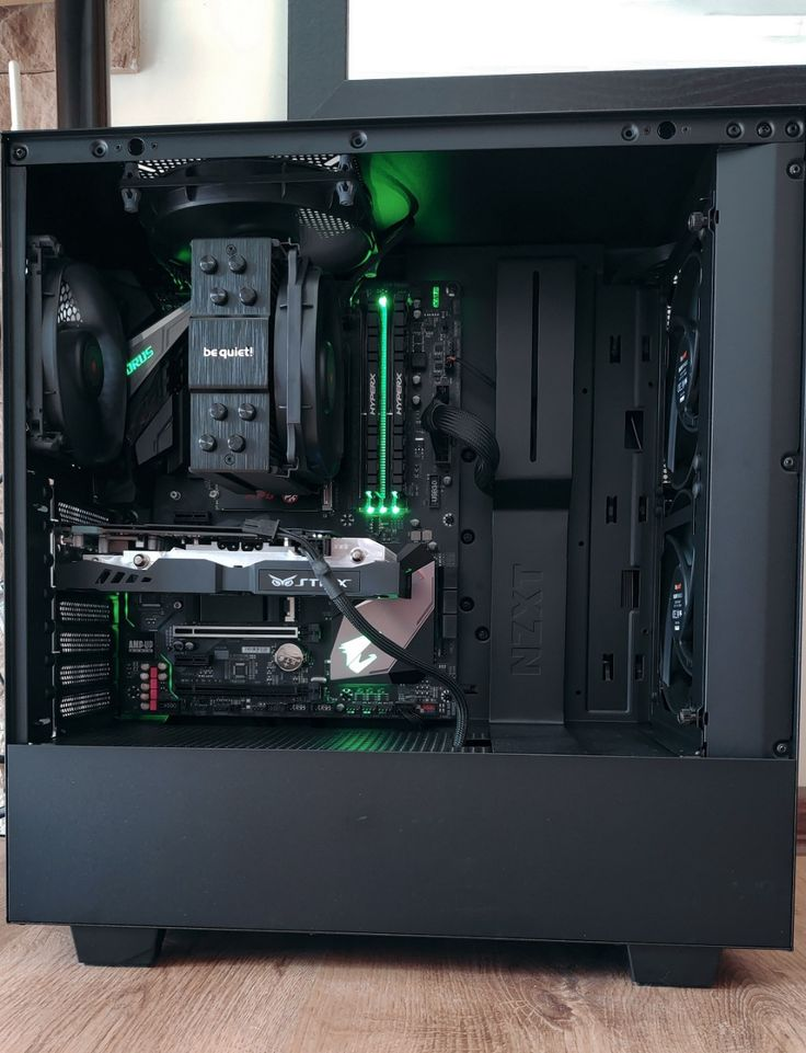 Build A Pc, Gaming Pc Build, Computer Build, Gaming Pcs, Gaming Room Setup, Custom Gaming Computer, Computer Desk Setup, Computer Case, Pc Gamer