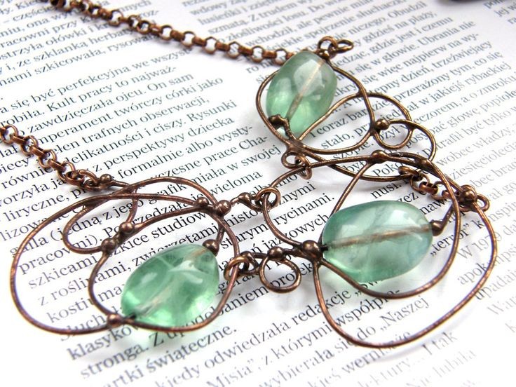Short Necklaces – Necklace flourishes with fluorite – a unique product by Patrycja-Baran on DaWanda