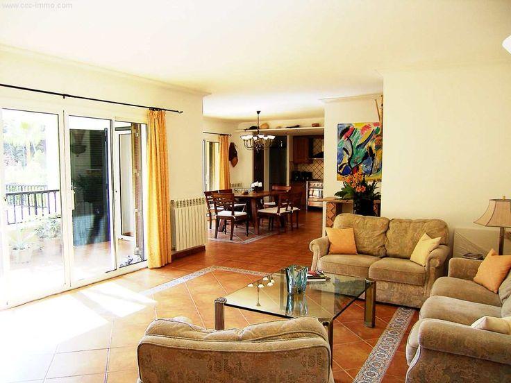 148m² Wohnung mit 2 Balkons, Gemeinschaftspool & TG-Stellplatz: Diese fantastisch große Wohnung befindet sich in einer der exklusivsten Wohnanlagen von Cala Ratjada, direkt am...