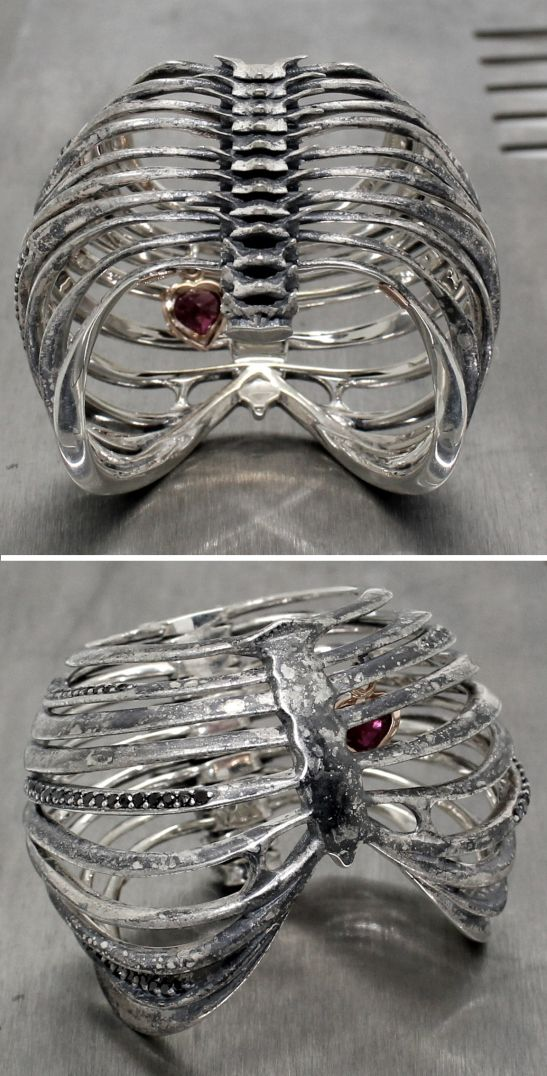 Ribcage Ring by Juxtapoz Jewels. 《♥♡♥》