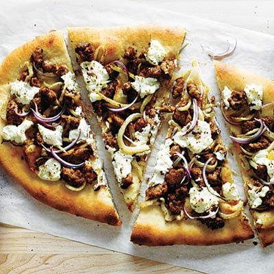 For a quick dinner option that's big on flavor and low in calories, try this recipe for sausage, fennel, and ricotta pizza. #recipe #healthyeating #nutrition | Health.com