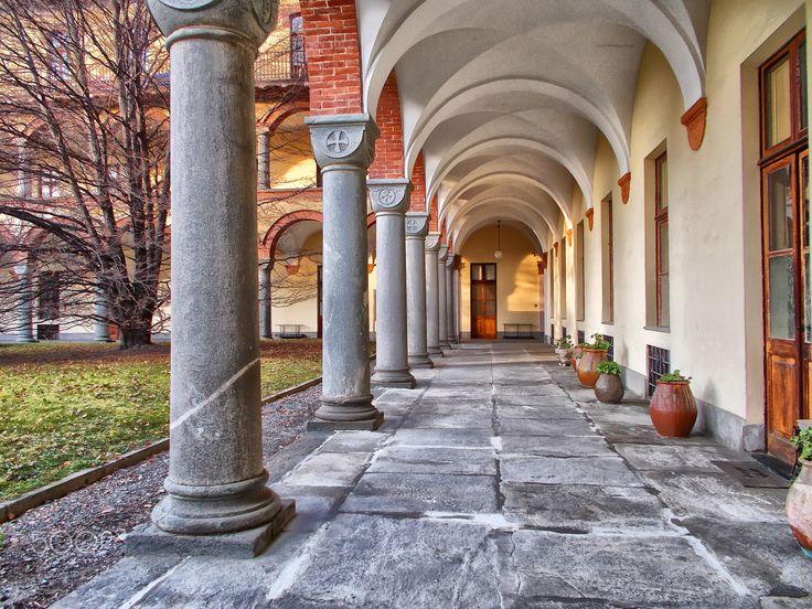 Porticato - the porch in the morning