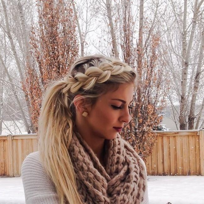 Объемная французская коса, переходящая в хвост - прекрасный вариант прически на длинные волосы