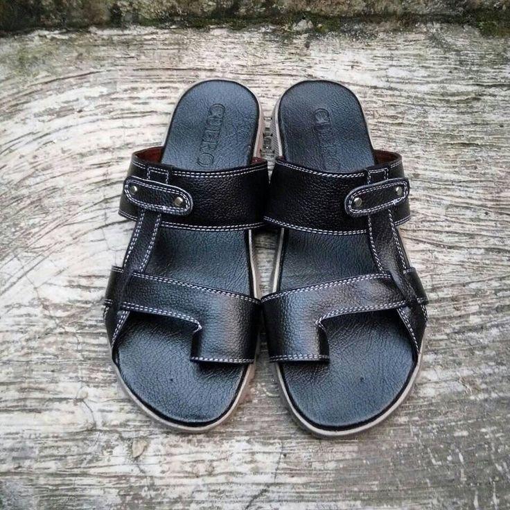 #SandalKulit Buat Para Cowok by #SMO  READY Ukuran 41 IDR 130.000  Happyday... Untuk PO  2 minggu  Cek bio for order... #SepatuKulitAsli #SepatuCasual #SepatuCewek #CasualCewek #SepatuMagetan #JualSepatu #SepatuMurah #FlatformShoes #SepatuFlat #SepatuCustom #SepatuKantor #SepatuOriginal #Shoes #FlatShoes #WomenShoes #LeatherCraft #LeatherShoes #Footwear #HandMadeShoes #Sandal #SepatuMooID