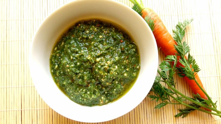 Pesto di foglie di carota  Carrot leaves pesto