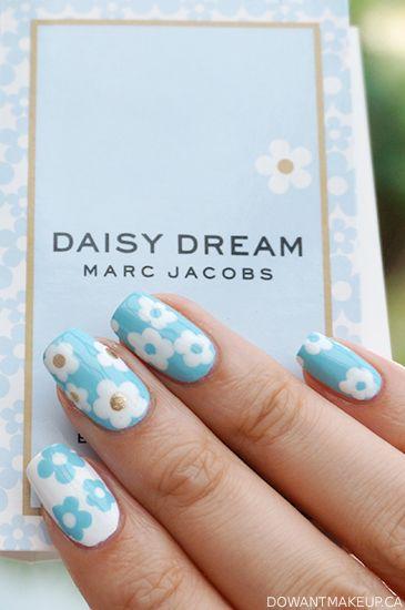 Marc Jacobs Daisy Dream nail art