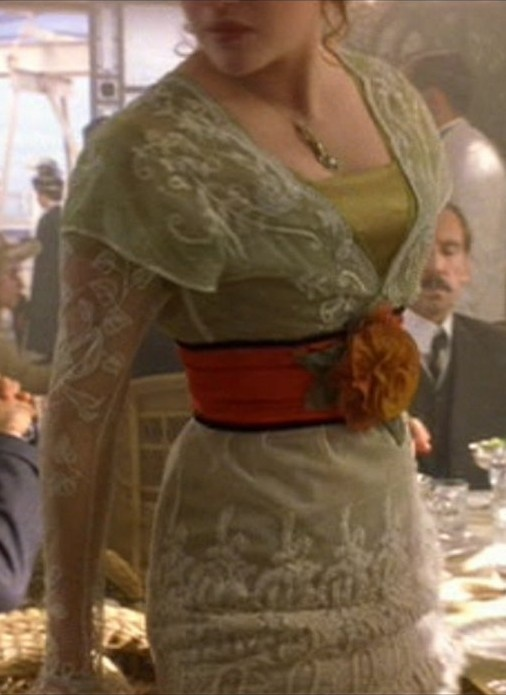 Green Edwardian / Titanic Gown View 2. - And the belt - I love it!!!