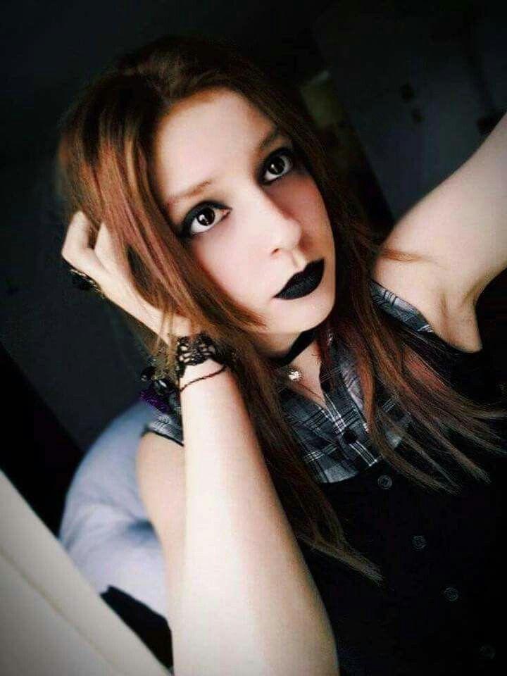 Goth girl by Viro Psycho