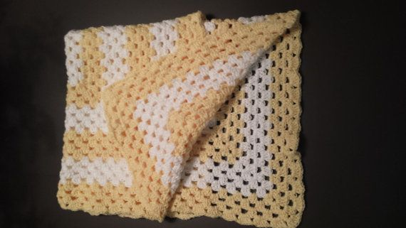 Hey, I found this really awesome Etsy listing at https://www.etsy.com/listing/183412463/little-chicken-crochet-baby-blanket