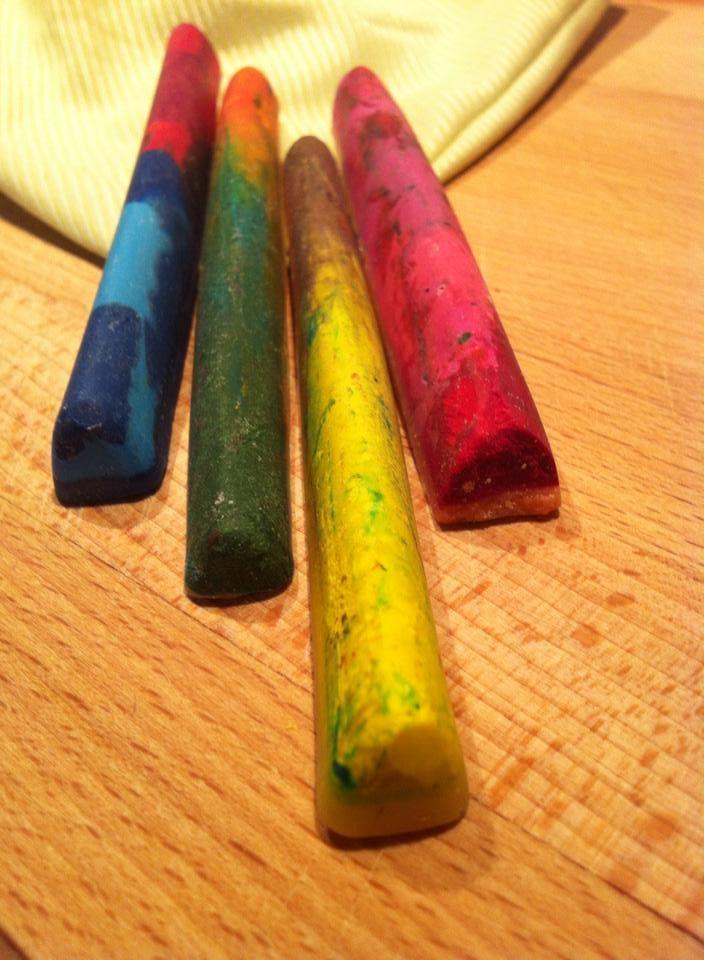 Handmade wax crayons #waxcrayons #handmadecrayons #kidsstuff #almanogr