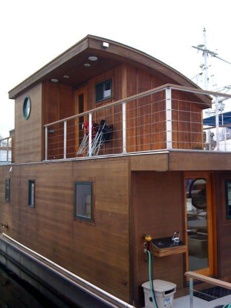 seattle houseboats and floating homes show strong sales numbers for 2009 - Small Houseboat