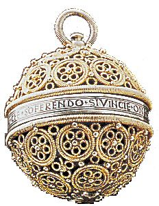 Pomander en vermeil vers 1500 - Fragonard PARFUMEUR #Fragonard #Collection