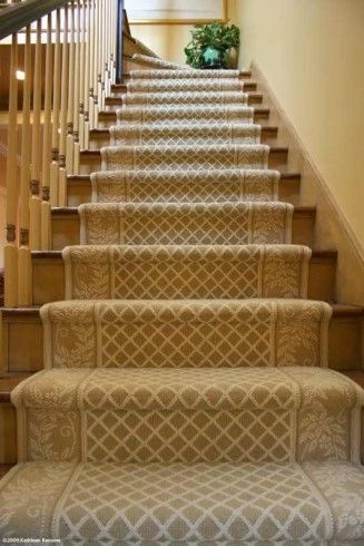 stairs carpet idea plus cool detail on banister things