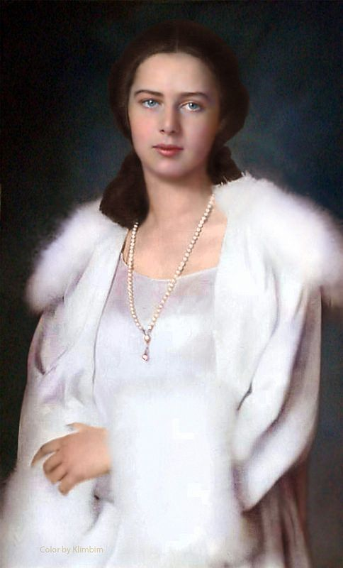 Princess Ileana of Romania.  Some claimed she was fathered by her mother's lover, but her remarkable resemblance to her nephew Prince Michael makes that claim highly unlikely.