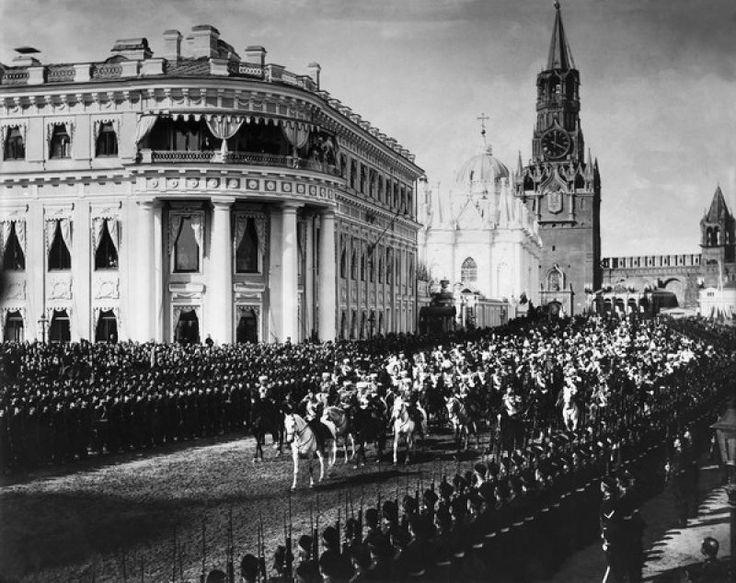 Торжественный въезд императора Николая II на территорию Кремля, 9 мая 1896, г. Москва. Коронация Николая II.