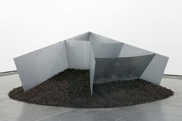 Tabish's Top 5 Art Exhibitions to see in London this week: 3. Reiner Ruthenbeck @ Serpentine gallery Copyright Reiner Ruthenbeck