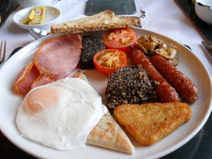 Full Scottish breakfast, yum!