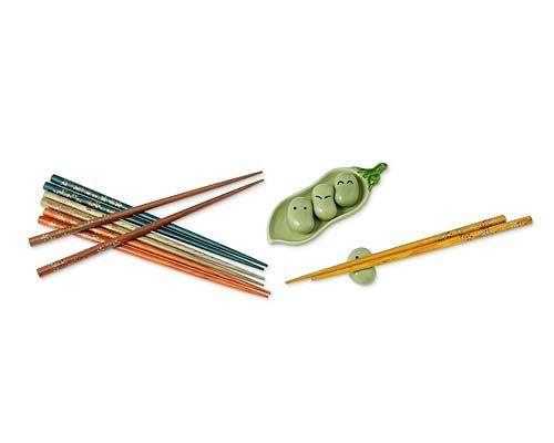 Cute chopsticks and little pea pods for resting
