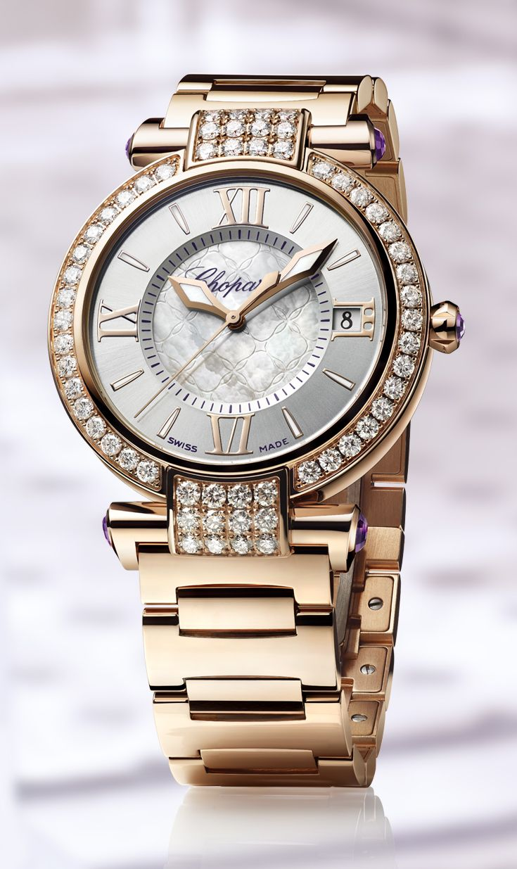 Some IMPERIALE watches have their dial and bezel embellished by a myriad of diamonds.