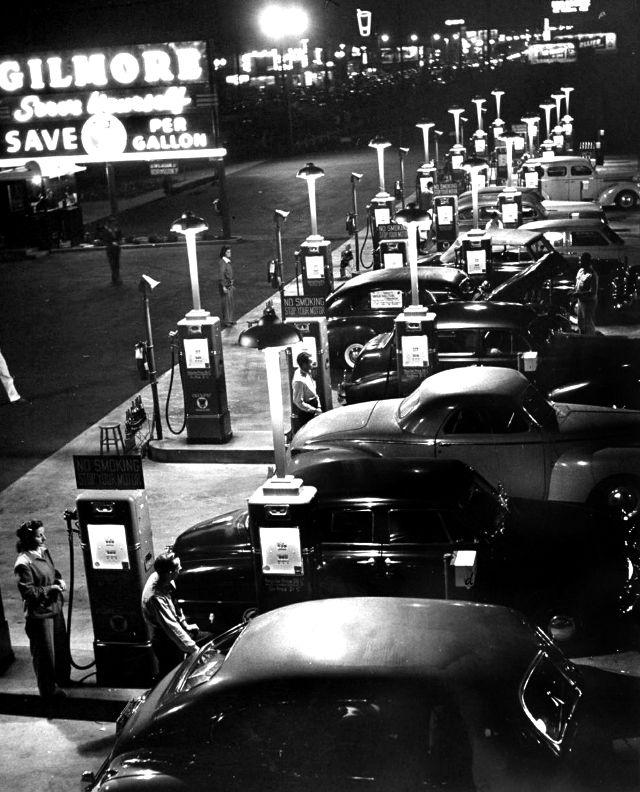 Gilbore Bros. Gas-a-teria, Los Angeles, CA  1948.