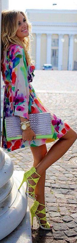 Neon - Pretty Dress....