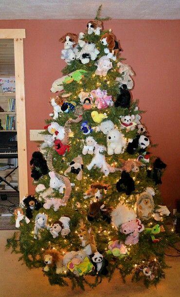 Webkinz Christmas Tree-Cool idea for kids with tons of webkinz stuffed animals.
