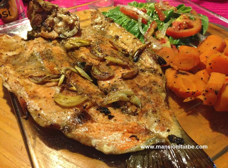 En la Cocina Michoacana la Trucha Arcoíris es muy popular, pruébala en Restaurante Doña Paca en Pátzcuaro!