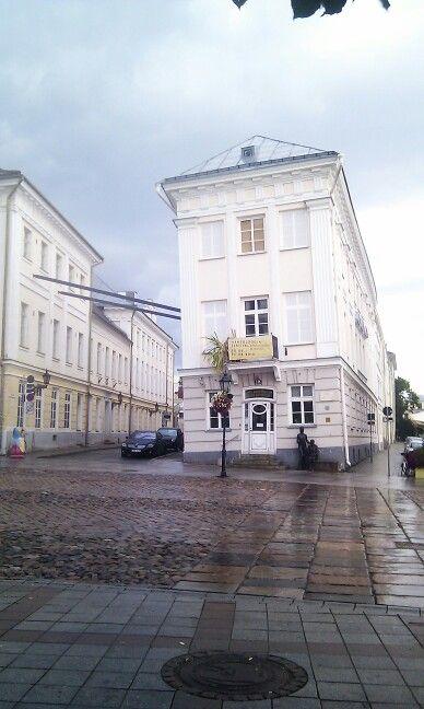 Tartu, edificio inclinado