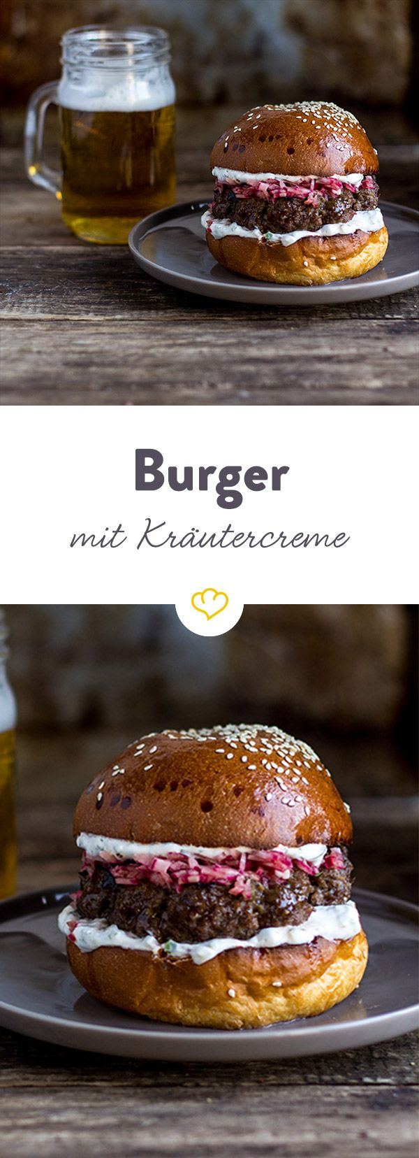Dieser saftig leckere Burger ist eine schöne Abwechslung zum täglichen Cheeseburger. Pikant mit eingelegten Zwiebeln und frischer Kräutercreme.