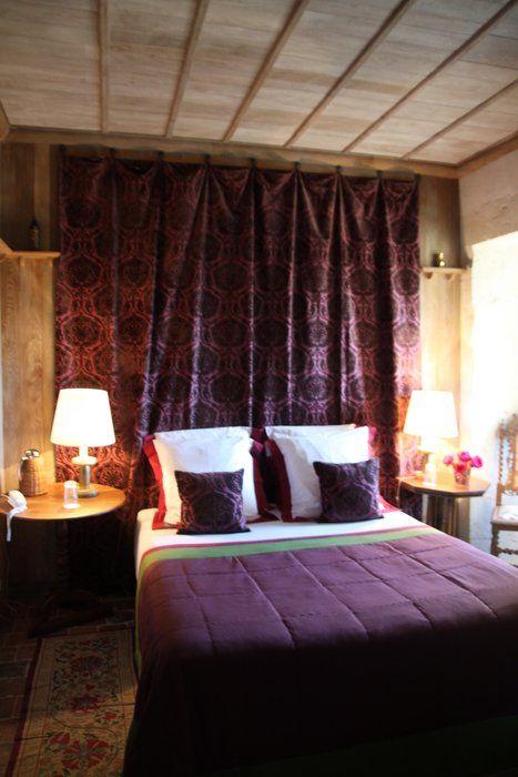Les 25 meilleures id es de la cat gorie t te de lit violet for Decoration chambre de nuit