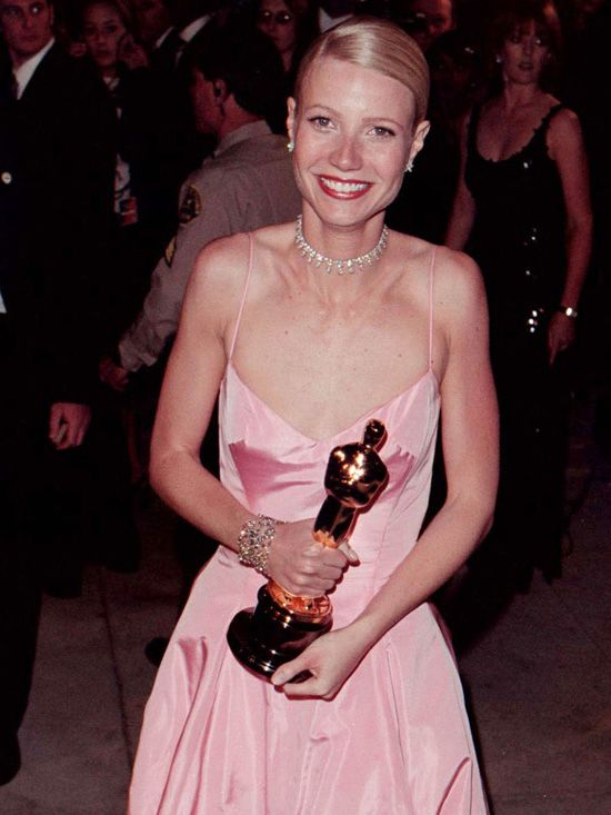 Gwyneth paltrow pink Ralph Lauren Oscar gown