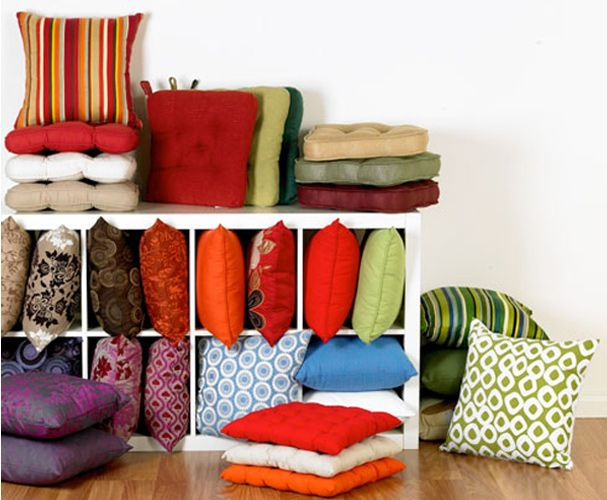 Giving a fresh new look to your room or the entire house can be a rejoicing and exciting move.  http://www.askme.com/mumbai/home-furnishing-stores