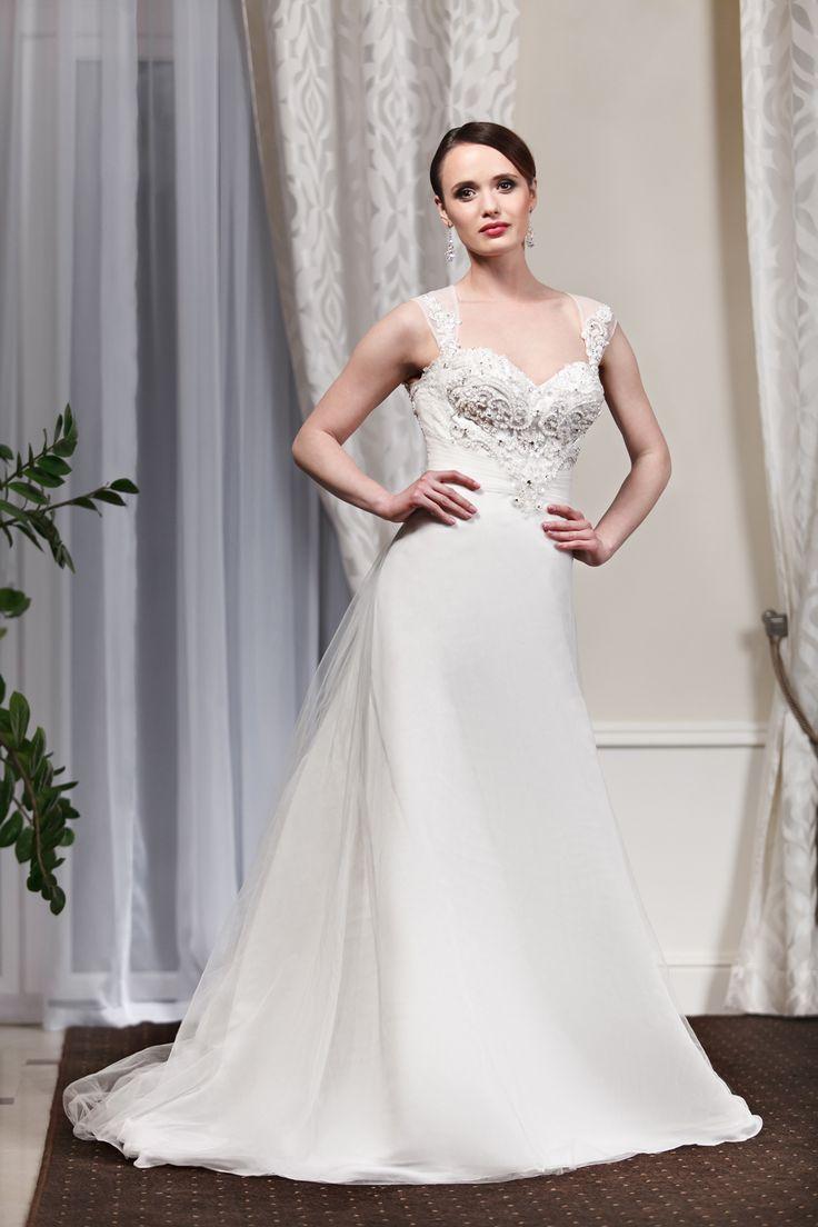 2016 Classic Collection Weddding Dress Maxima Bridal  22.16
