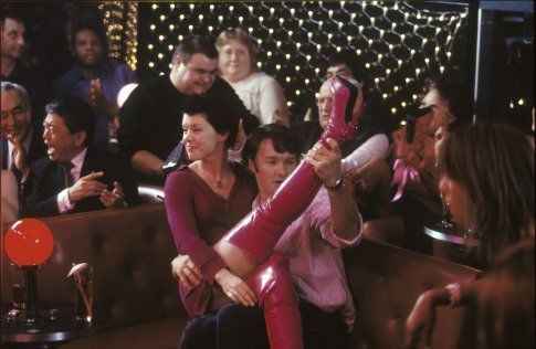 Still of Sarah-Jane Potts and Joel Edgerton in Kinky Boots (2005)