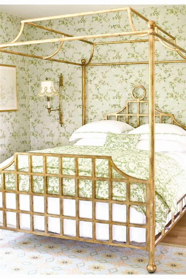 Green floral chinoiserie inspired wallpaper and bedlinen with gold brass  bedframe - 25+ Best Canopy Bed Frame Ideas On Pinterest Bed, Bed Ideas And