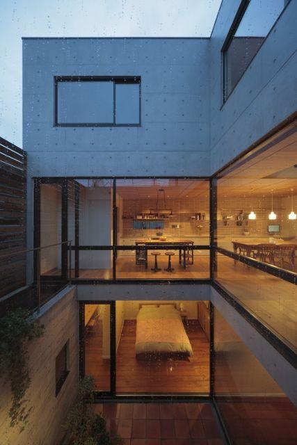 鉄筋コンクリート造 中庭のある家