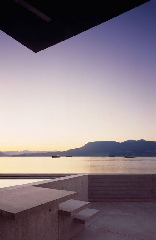 Minimal. Maximum View.  Shaw House, Patkau Architects. Vancouver, BC