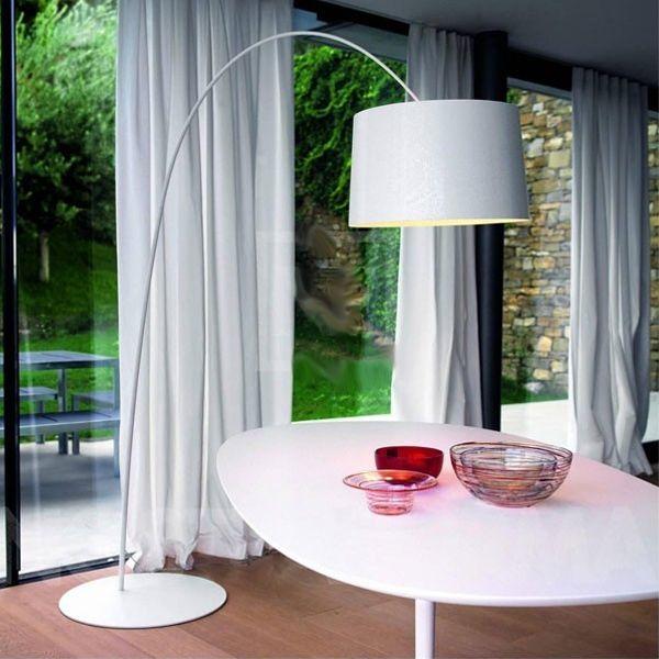 als alternatief voor een hanglamp.. deze kan ook boven de eettafel hangen.. dan kun je de bestaande hanglamp gewoon weghalen en hou je het ornament gewoon aan het plafond, volgens mij kan dat best mooi staan..